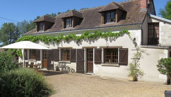 french holiday cottage with private pool